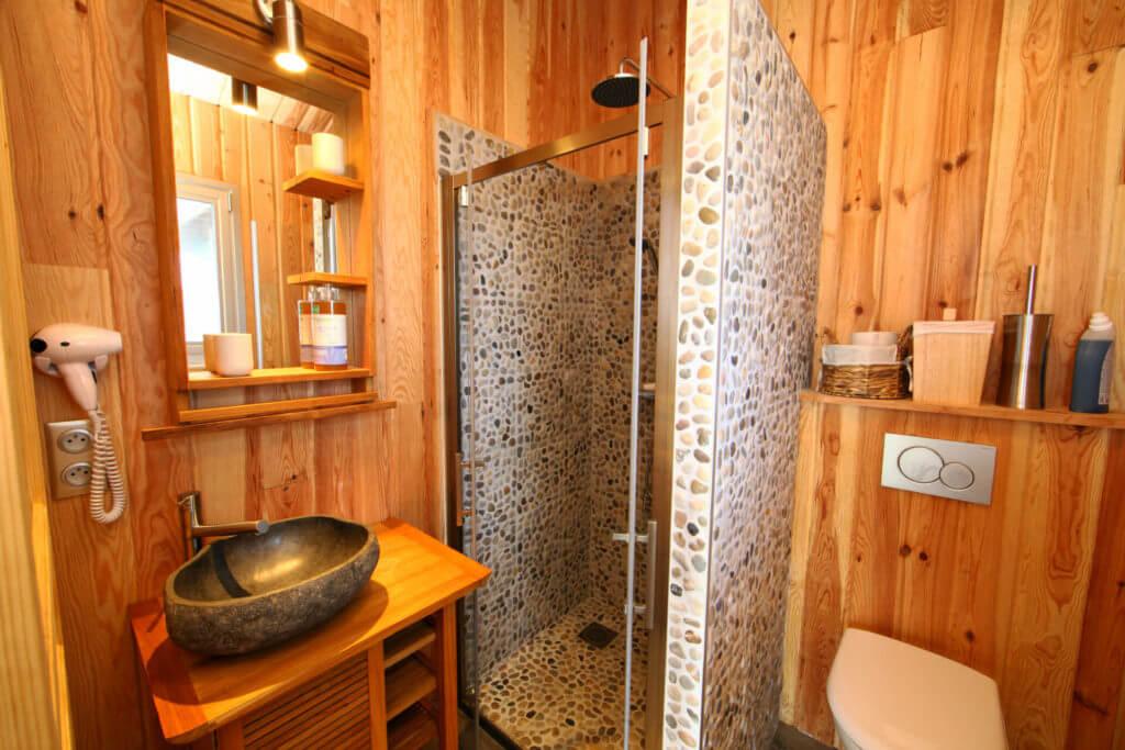 chambre 2c salle de douche - Location Villa de Vacances en Bord de Mer à Seignosse Hossegor Landes
